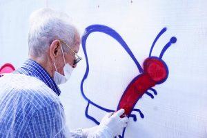 Idosos Abraçam a Arte do Grafite em Grande Estilo